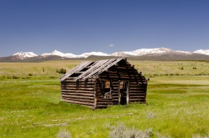 31 изоставени колиби, които ще ви накарат да заживеете в тях