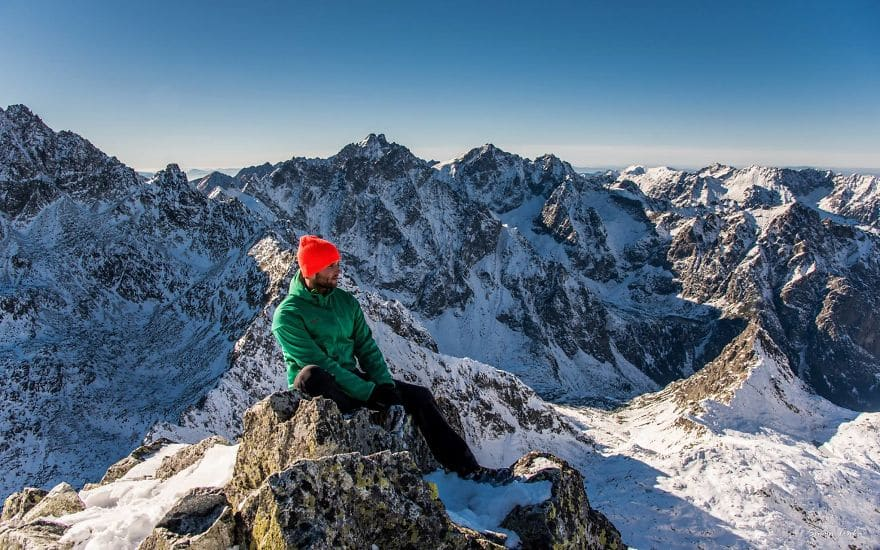 Алпийски пейзаж в Словакия през зимата.