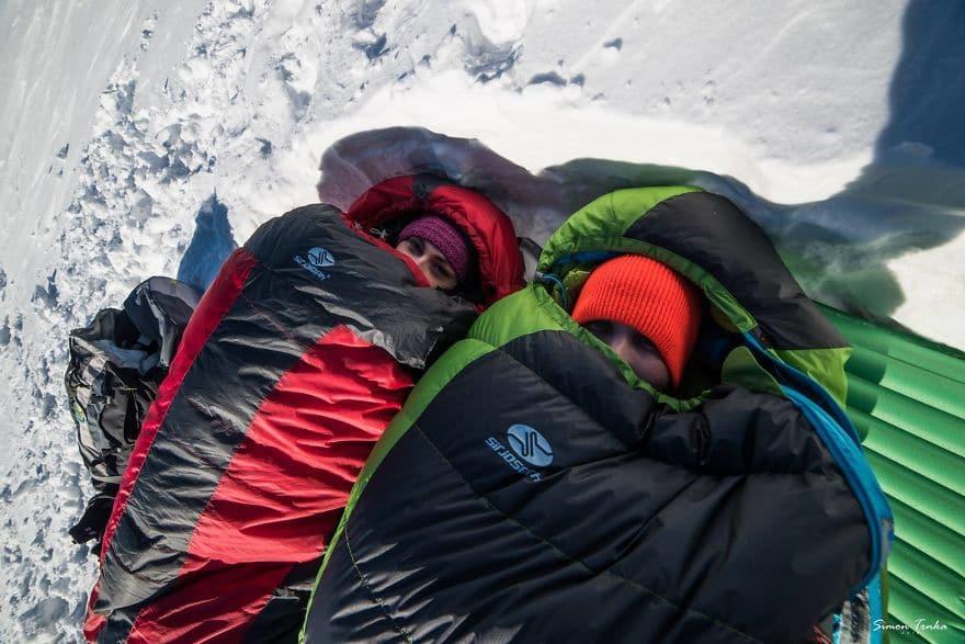 В спалните чували нависоко в планината през зимата