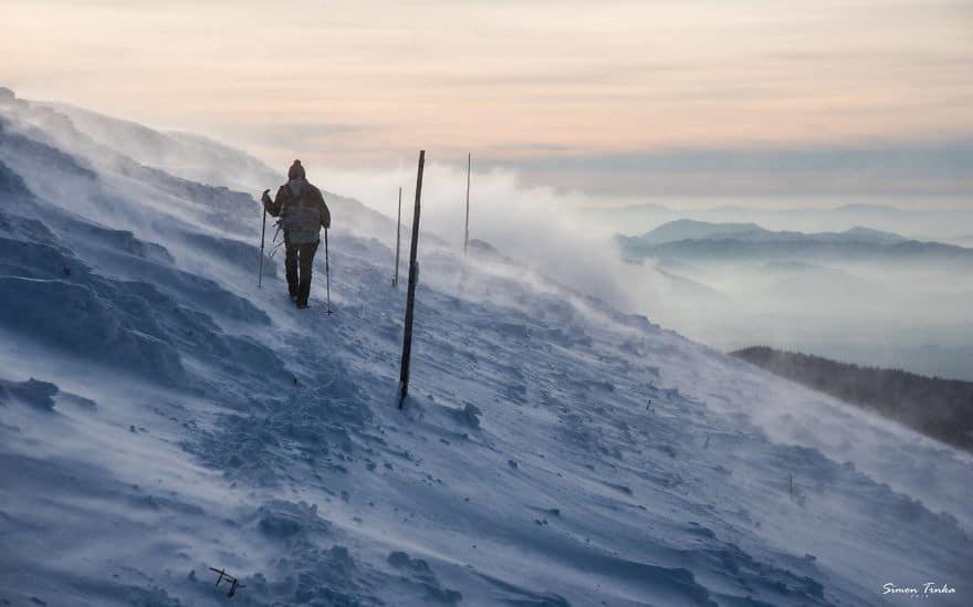 Високо в планината през зимата